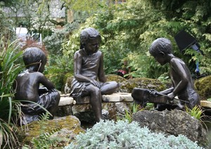 sculpture family