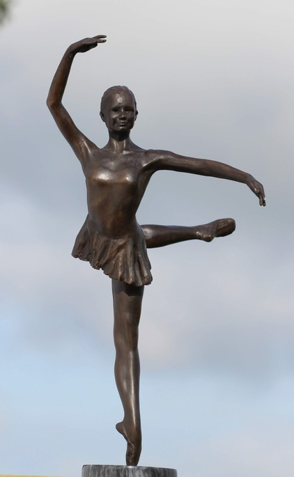 florence dancing 2 small bronze